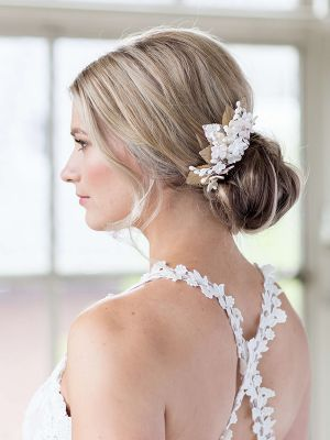 Flowery Hairpiece
