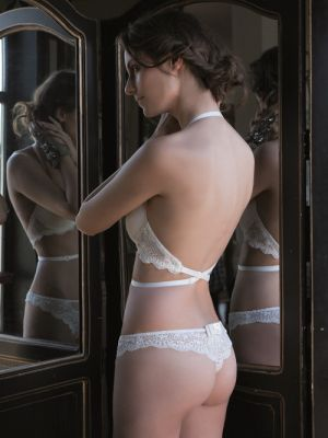 Brazilian String | Ivory Lace
